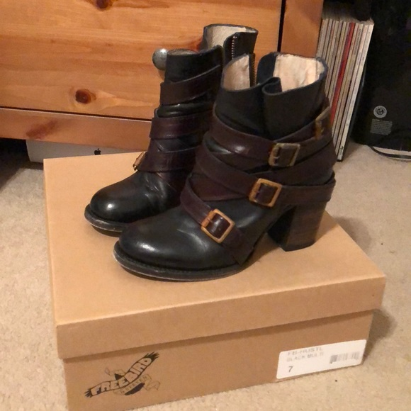 a4120d0433e8d Freebird by Steven Shoes - Freebird ankle boots, Black with brown straps.